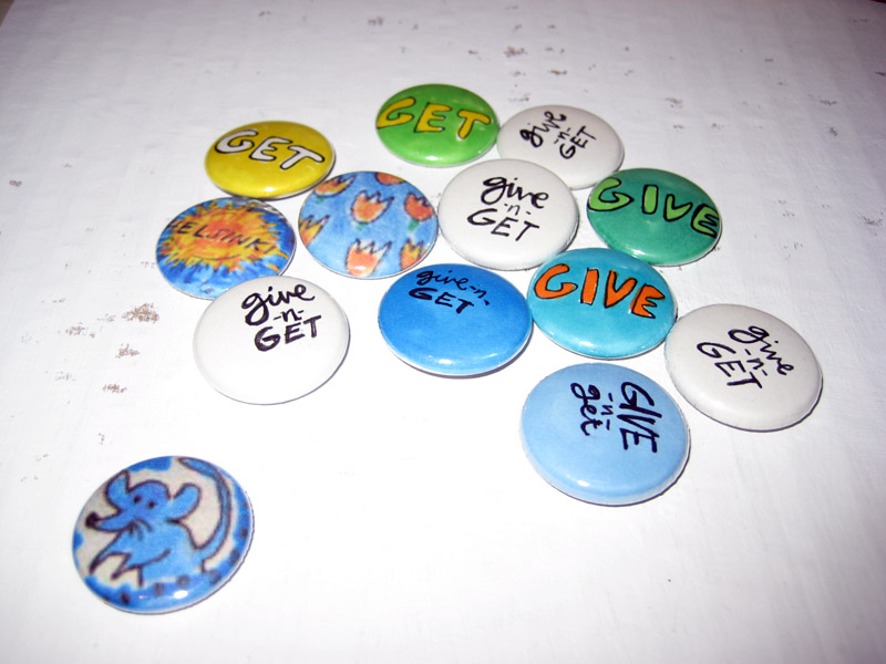 where can i get free pins